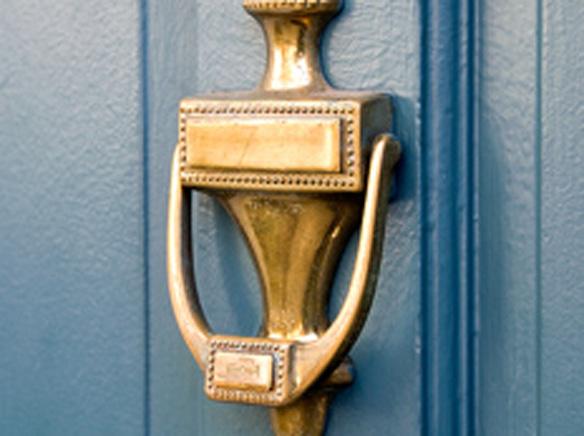 1_possiblescam door.jpg